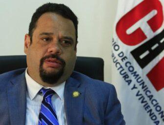 Exministro de Comunicaciones es prófugo de la justicia luego de orden de captura