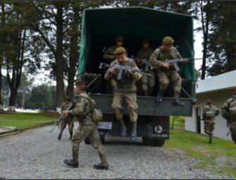 Militares accidentados transportaban ayuda humanitaria
