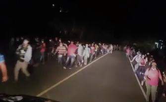 Miles de hondureños ingresan a Guatemala; estas son las causas